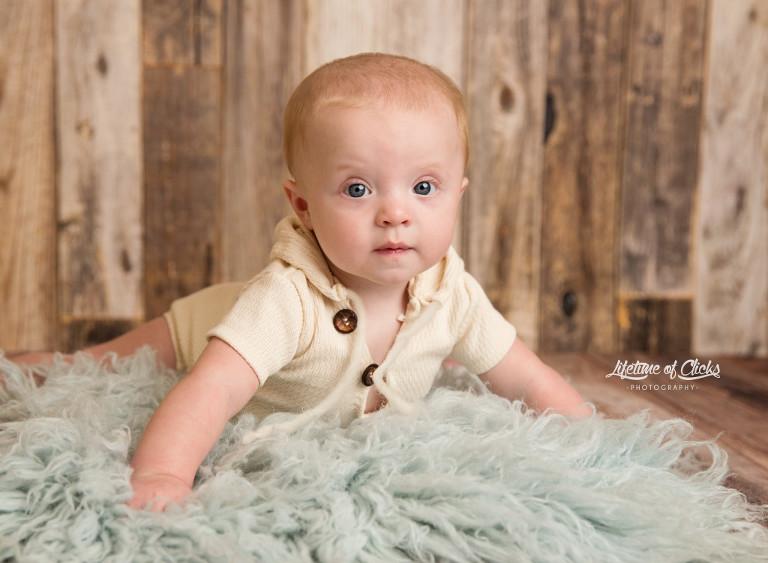 6 month photos, Katy 6 month photographer, 6 month session, Katy child photographer #lifetimeofclicksphotography