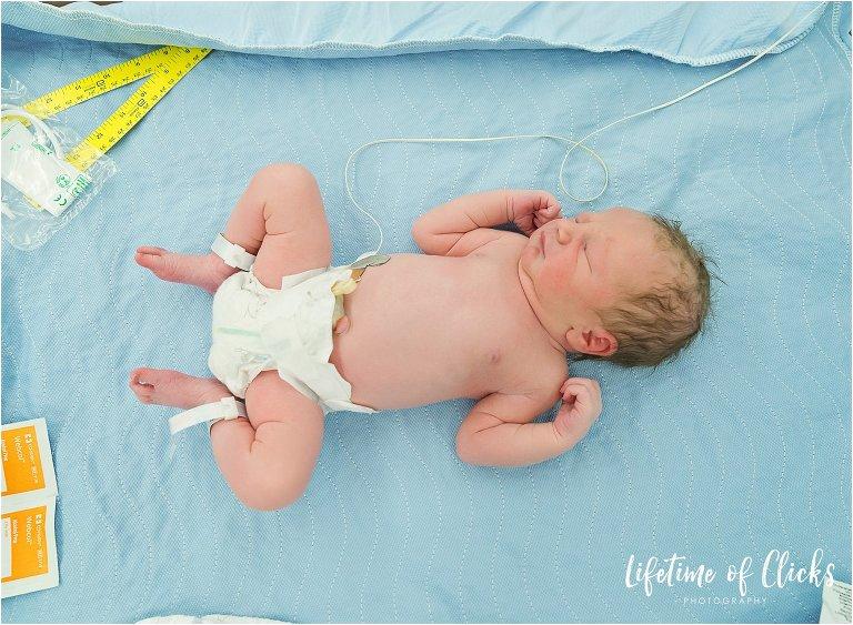 Newborn boy surprises family with fast birth