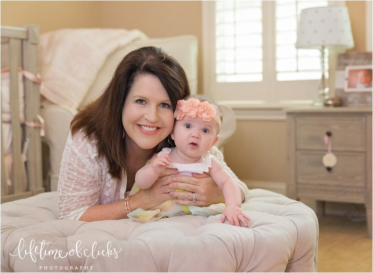 Mommy and me photo | Fulshear TX Family Photographer